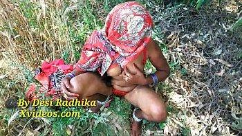 radhika pandit photos download