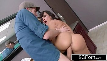 lisa ann club cougar
