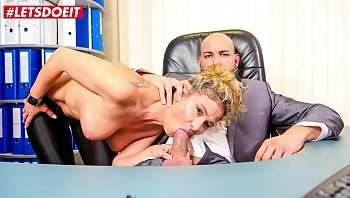 sex in office with boss