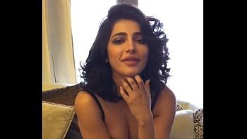 shruthi hassan hot boobs